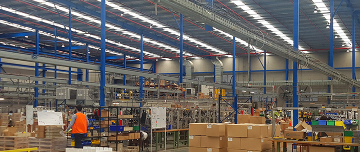 legrand_blog_warehouse_297x702px